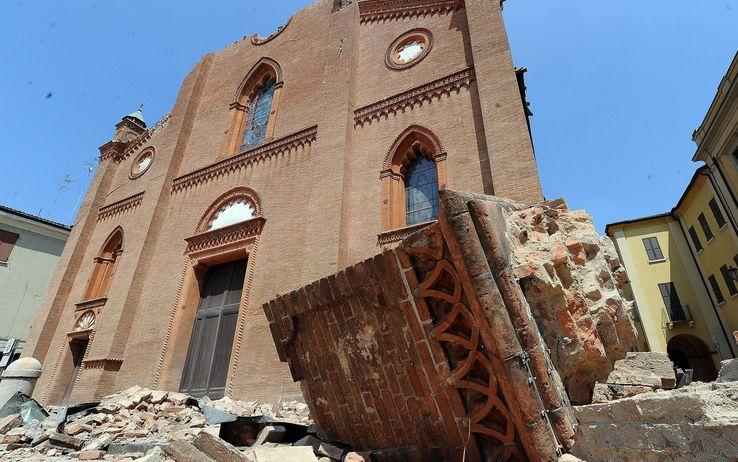 """Post sisma. Zappaterra: """"La ricostruzione va completata in tempi rapidi"""""""