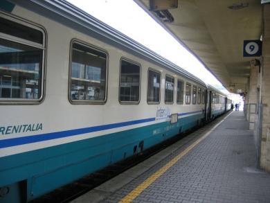7 treni soppressi nella tratta Carpi-Modena. Campedelli, in accordo col sindaco di Carpi Bellelli, interroga la Giunta regionale perché si evitino ulteriori disagi attraverso l'istituzione di un treno di scorta