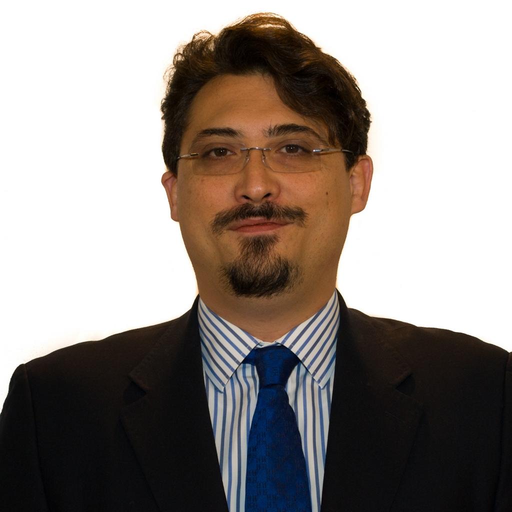 """Stefano Caliandro: """"Piano politiche abitative, lavoro. La Regione promuove sviluppo ed equità"""""""