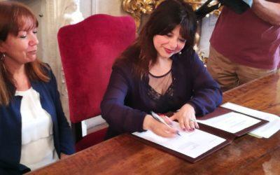 Parità. Mori firma col Comune di Bologna l'accordo attuativo della legge anti discriminazioni
