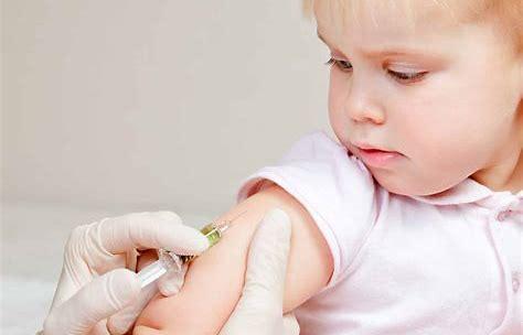 """Caliandro: """"Vaccini, basta con le strumentalizzazioni del M5S. I Cinque Stelle non si prendano meriti che non hanno"""""""