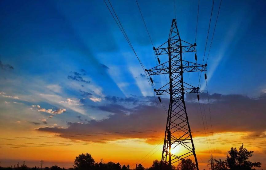 """Rossi: """"adeguare la rete elettrica per evitare altri disagi nel riminese"""""""
