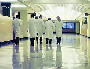 """Riorganizzazione della rete ospedaliera. Zappaterra: """"Ridurre i costi senza tagliare i servizi si può"""""""