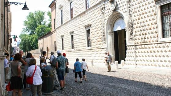 """Pinacoteca Nazionale. Calvano e Zappaterra: """"Le risorse ci sono e ora vanno spese in fretta per riavere uno spazio all'altezza dei capolavori che ospita"""""""