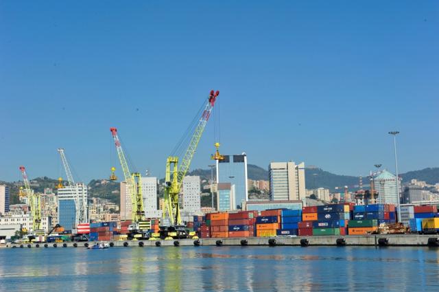 """Piano Portualità comunicato dal Governo. Rontini, Bagnari, Bessi: """"Il porto di Ravenna non verrà accorpato ad altri"""""""