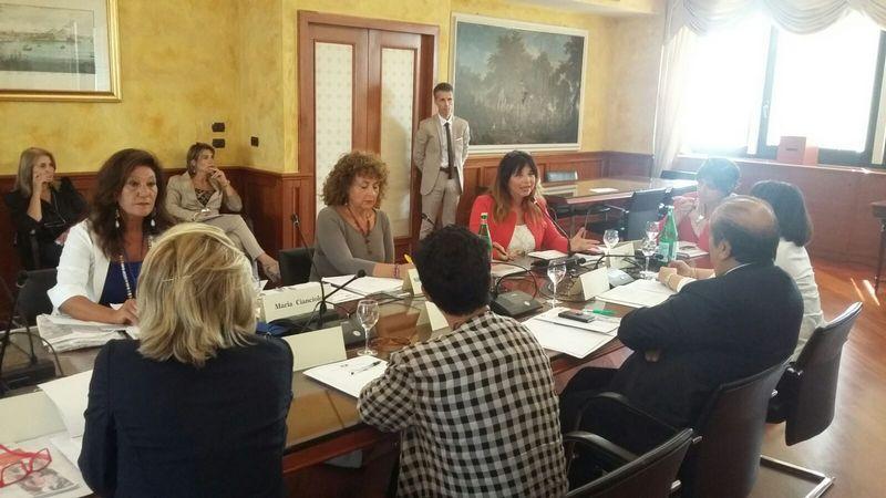 """Parità. Mori a Napoli per tavolo istituzionale attuazione norme anti-discriminatorie"""""""