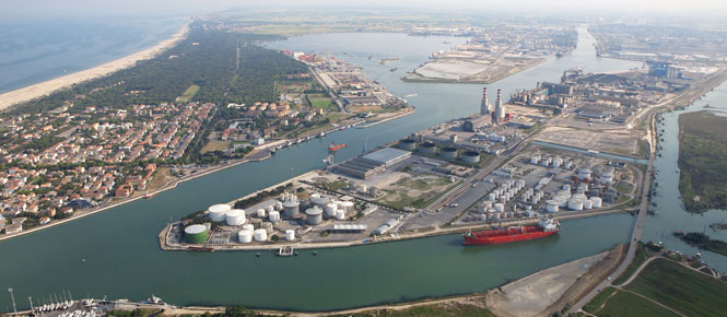 """Riorganizzazione porti. Rontini, Bessi e Bagnari: """"La Regione tutelerà Ravenna, porto dell'Emilia-Romagna"""""""