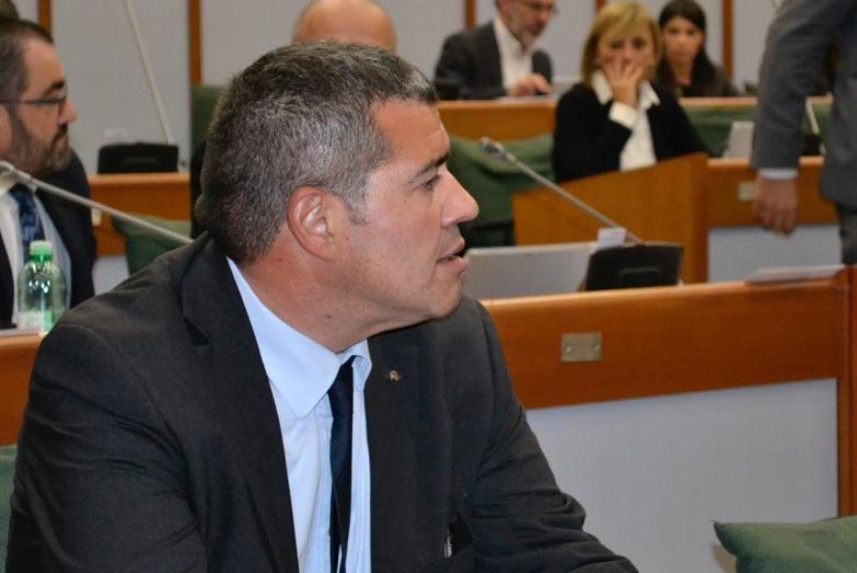 """Tratta ferroviaria Mantova-Carpi-Modena. Campedelli: """"Non si può più rimandare la sostituzione di convogli di nuova generazione"""""""