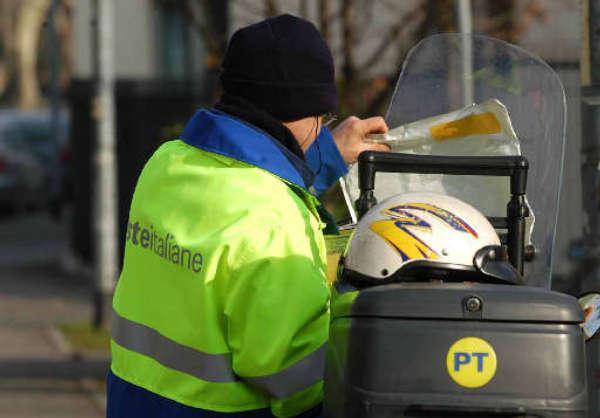 Riorganizzazione del servizio postale. Montalti interroga la Giunta regionale