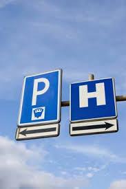 """Sosta presso le strutture sanitarie. Zappaterra: """"Il PD in Regione chiede un percorso per migliorare accessibilità"""""""