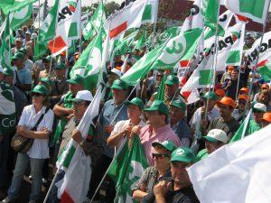 """Sabattini, Bessi e Rossi alla manifestazione degli agricoltori: """"Non possiamo più rimandare un intervento deciso sul tema della burocrazia"""""""