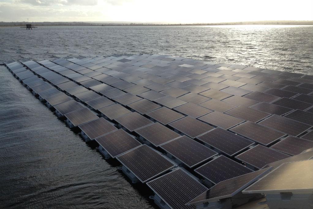 Fotovoltaico galleggiante: interrogazione in Regione