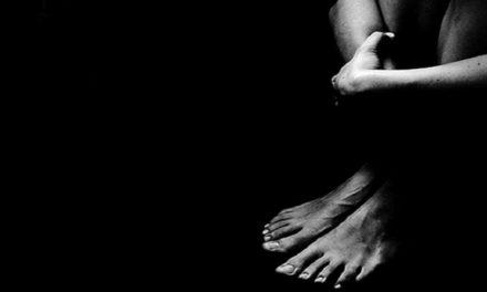 Violenza sessuale e frasi choc su Facebook: Nadia Rossi con Silvia Prodi si rivolge a don Lorenzo Guidotti