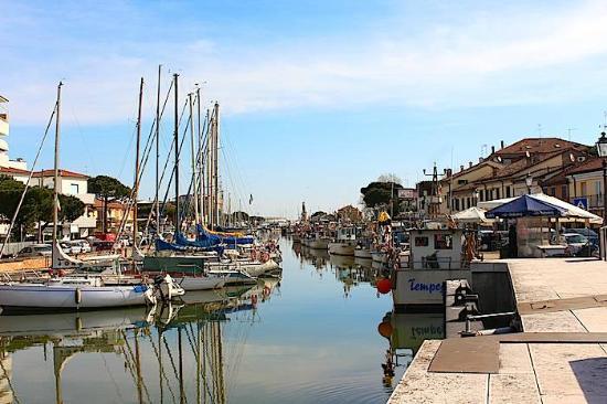 """Porto canale di Cervia. Rontini: """"Dalla Regione altri 55mila euro per il miglioramento dei fondali"""""""