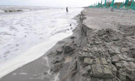 Erosione costiera e danni da maltempo ai lidi ferraresi: Zappaterra chiede interventi urgenti