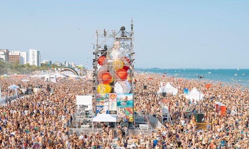 Jova Beach Party: uno spettacolo straordinario è una scommessa vinta.