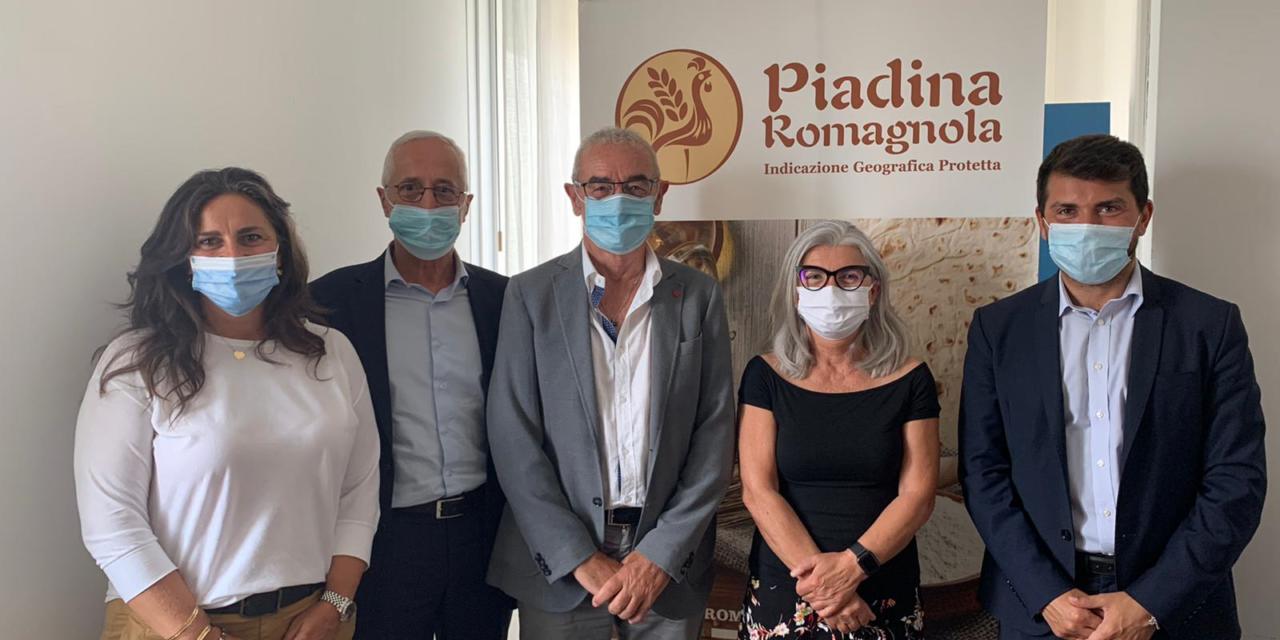 L'assessore Mammi e la consigliera Rossi a confronto con associazioni e aziende del riminese