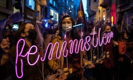Violenza sulle donne, la Turchia abbandona la Convenzione di Istanbul